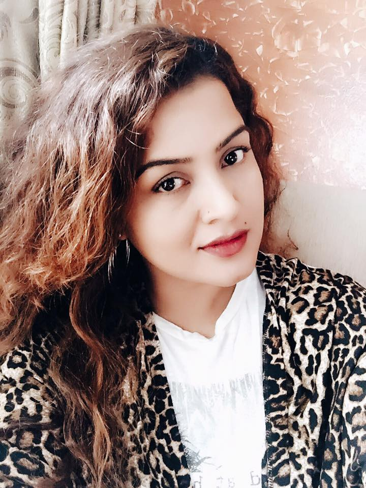 13690598_1057526567646986_7984779674383343582_n SELFIE QUEEN, MRS.REKHA THAPA           DID YOU JUST BECOME MORE SWEET