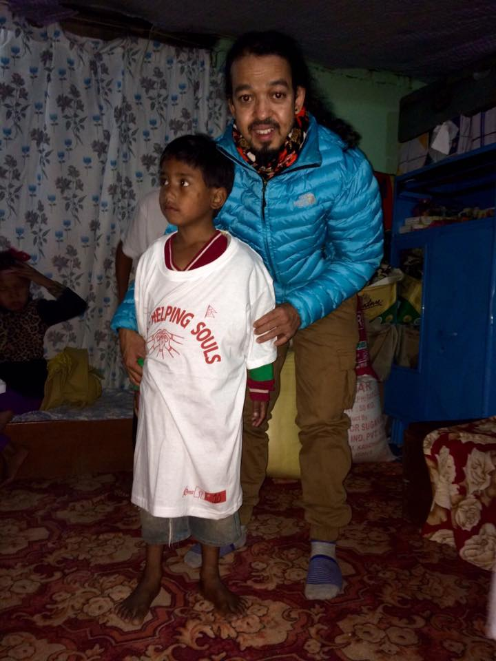 15781034_1815174315407448_4660914716676593260_n His house, severely damaged by the earthquake, was deemed unsafe to live in